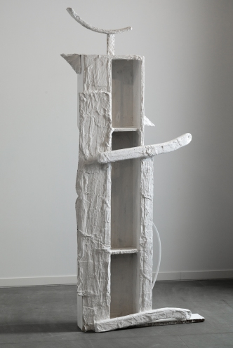 The column, 2015 Plaster, crochet, acrylic on wood 120x18x74cm